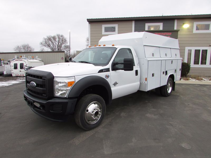 Photo Used 2011 Ford F-450 Service Utility Truck