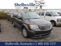 2015 Chrysler Town & Country Touring Minivan/Van Near Louisville, KY