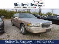 1996 Lincoln Town Car Signature Sedan Near Louisville, KY