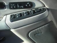 2003 Chevrolet Suburban 2500 LT 4WD 4dr SUV