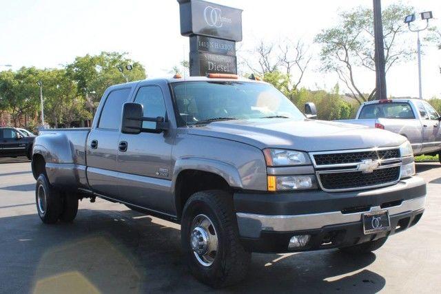 Photo 2007 Chevrolet SILVERADO 3500HD CLASSIC LBZ 6.6L DURAMAX 4X4 LT3 DUALLY 1 OWNER