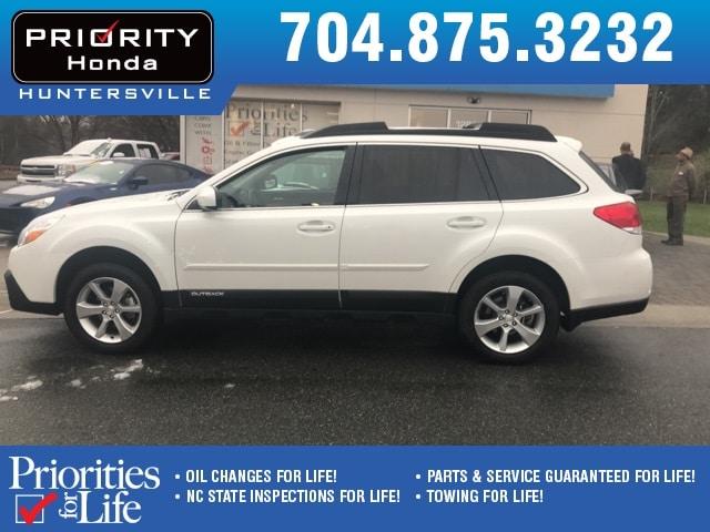 Used 2014 Subaru Outback For Sale in Huntersville NC | Serving Charlotte, Concord NC & Cornelius.| VIN: 4S4BRCLC4E3212567