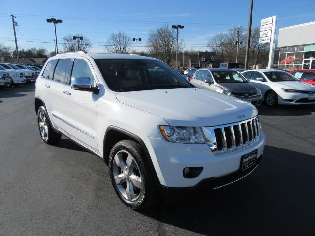 Photo 2013 Jeep Grand Cherokee 4WD Limited SUV