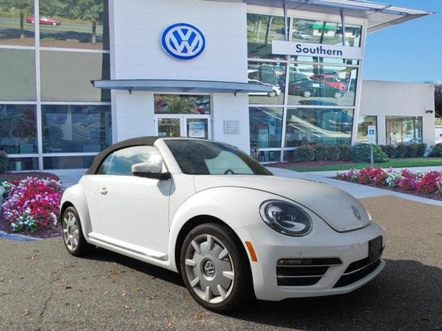 2017 Volkswagen Beetle Convertible in Norfolk
