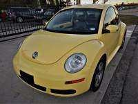 2006 Volkswagen New Beetle 2.5 2dr Coupe w/Automatic