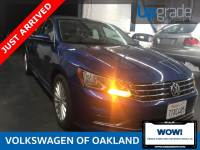 Certified Pre-Owned 2017 Volkswagen Passat 1.8T SE FWD 4D Sedan
