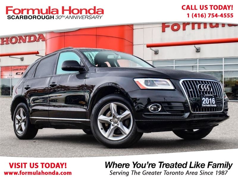Photo Pre-Owned 2016 Audi Q5 100 PETROCAN CARD YEAR END SPECIAL AWD