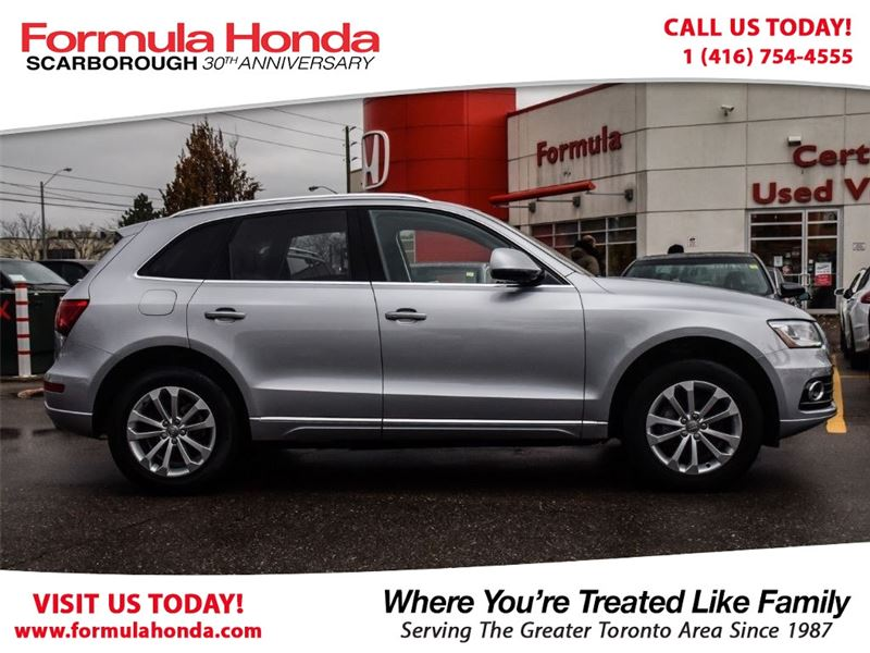 Photo Pre-Owned 2017 Audi Q5 100 PETROCAN CARD YEAR END SPECIAL AWD