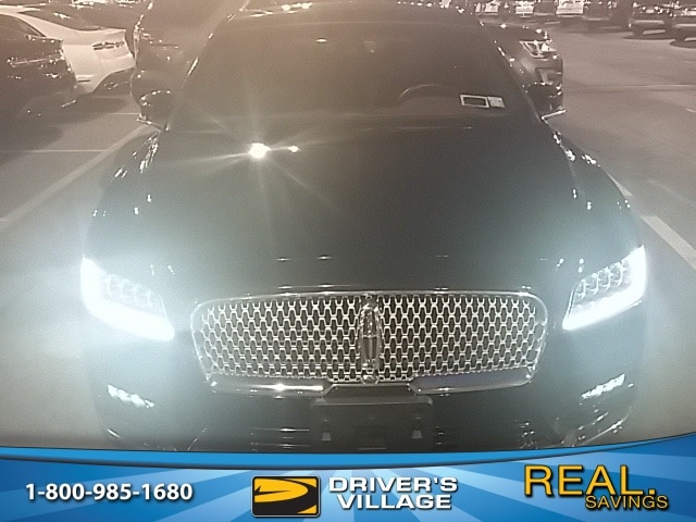 Photo Used 2017 Lincoln Continental For Sale  Cicero NY