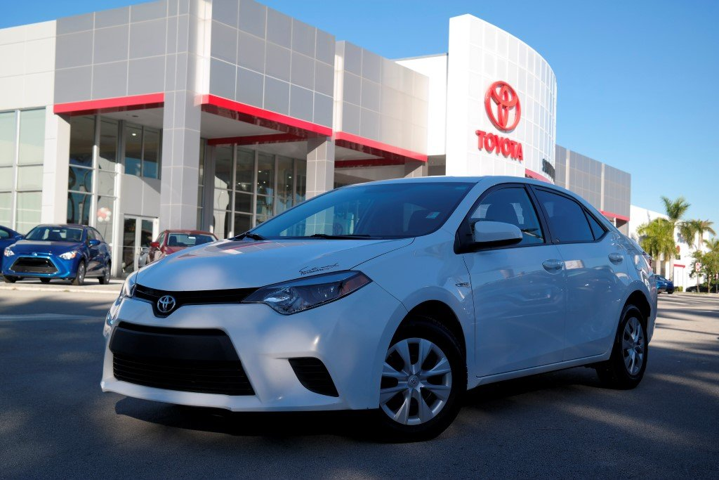 Pre-Owned 2016 Toyota Corolla LE FWD 4dr Car