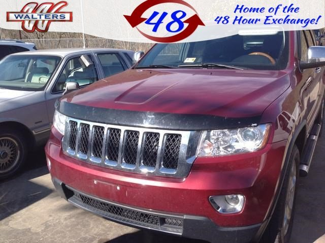 Photo Pre-Owned 2012 Jeep Grand Cherokee Overland 4WD With Navigation  4WD