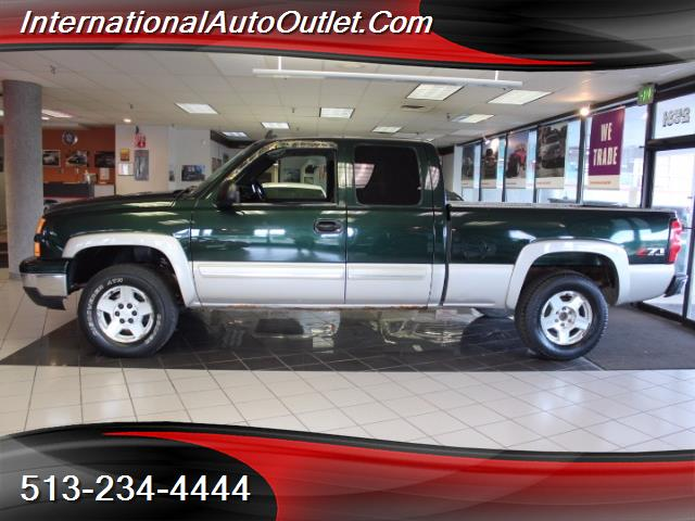 Photo 2006 Chevrolet Silverado 1500 LS 4dr Extended Cab for sale in Hamilton OH