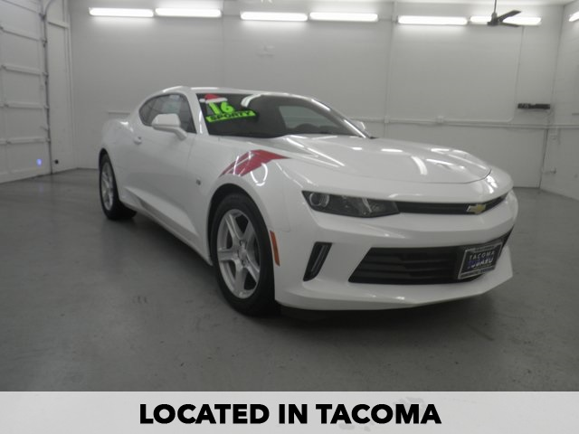 PRE-OWNED 2016 CHEVROLET CAMARO 2LT RWD 2D COUPE