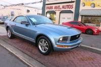 2005 Ford Mustang V6 Premium 2dr Convertible