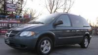 2005 Dodge Caravan SXT 4dr Mini-Van