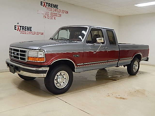 Photo 1997 Ford F-250 XLT Truck Extended Cab For Sale in Jackson