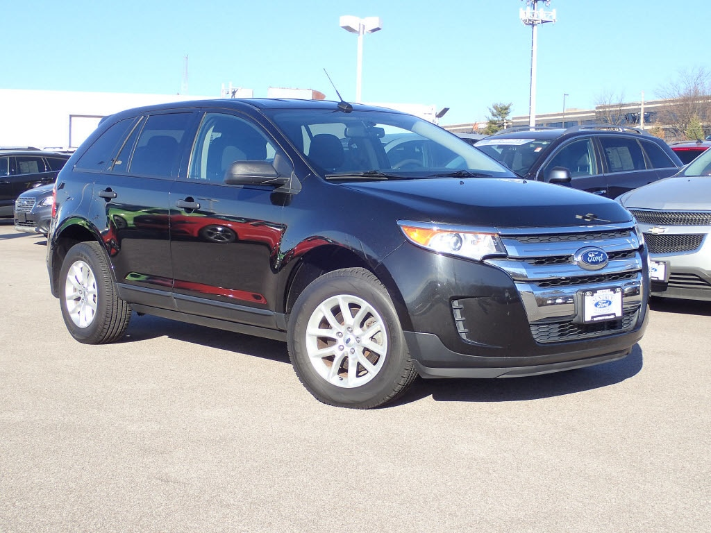 Photo Used 2014 Ford Edge SE SUV V-6 cyl for Sale in Saint Louis, MO