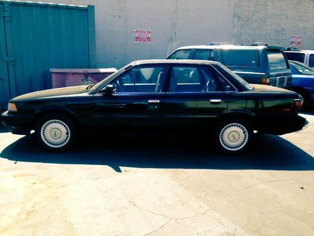 1990 Toyota Camry DLX V6