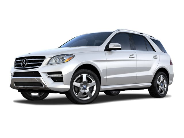Photo Pre-Owned 2015 Mercedes-Benz M-Class ML 400 4MATIC SUV in Corte Madera, CA