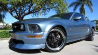 2005 Ford Mustang GT Premium 2dr Fastback