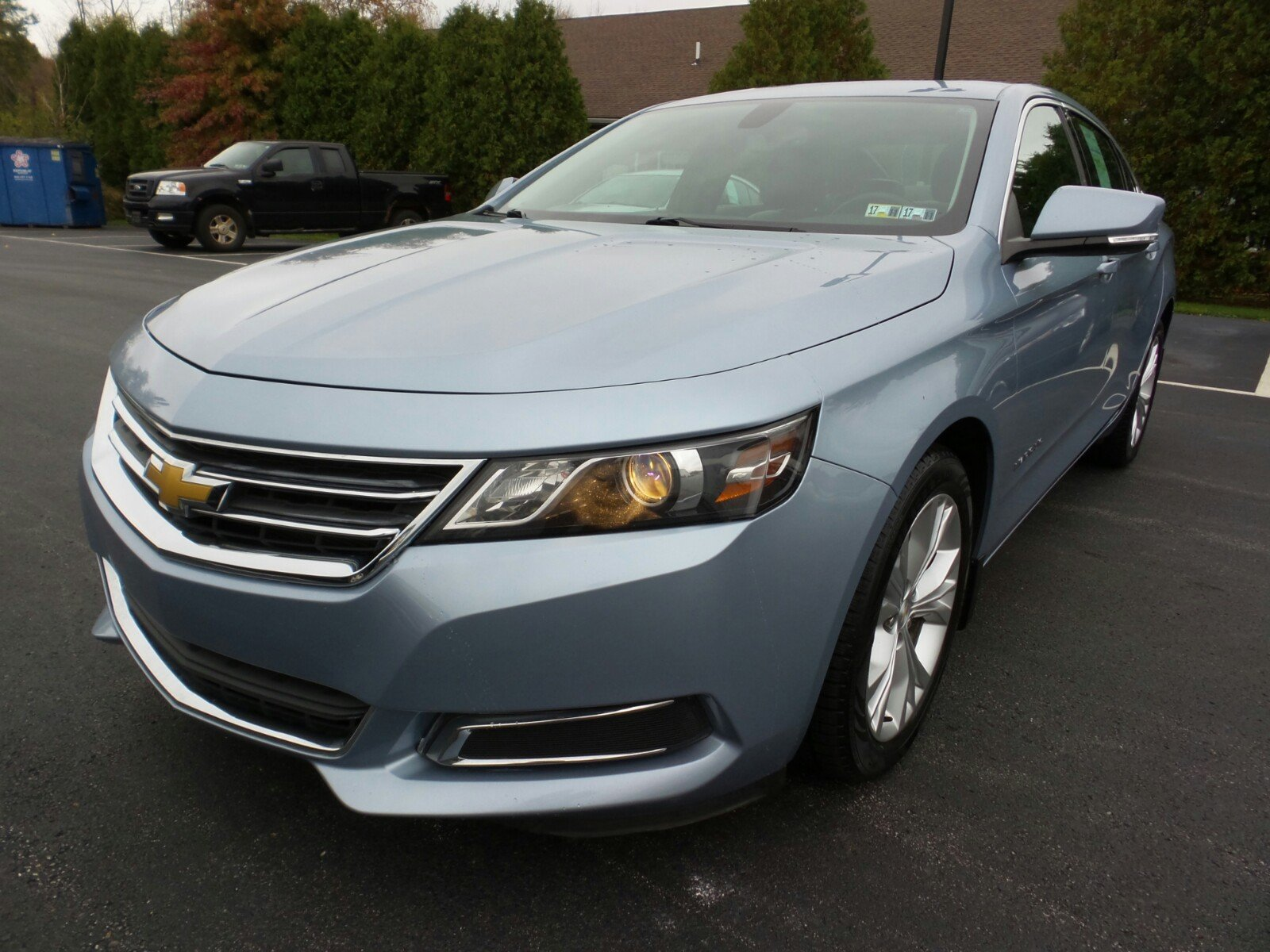 Photo Pre-Owned 2014 Chevrolet Impala LT FWD 4dr Car