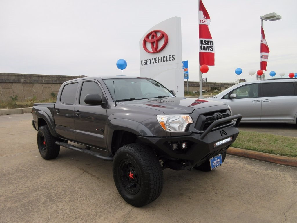 Used 2015 Toyota Tacoma Prerunner Truck RWD For Sale in Houston