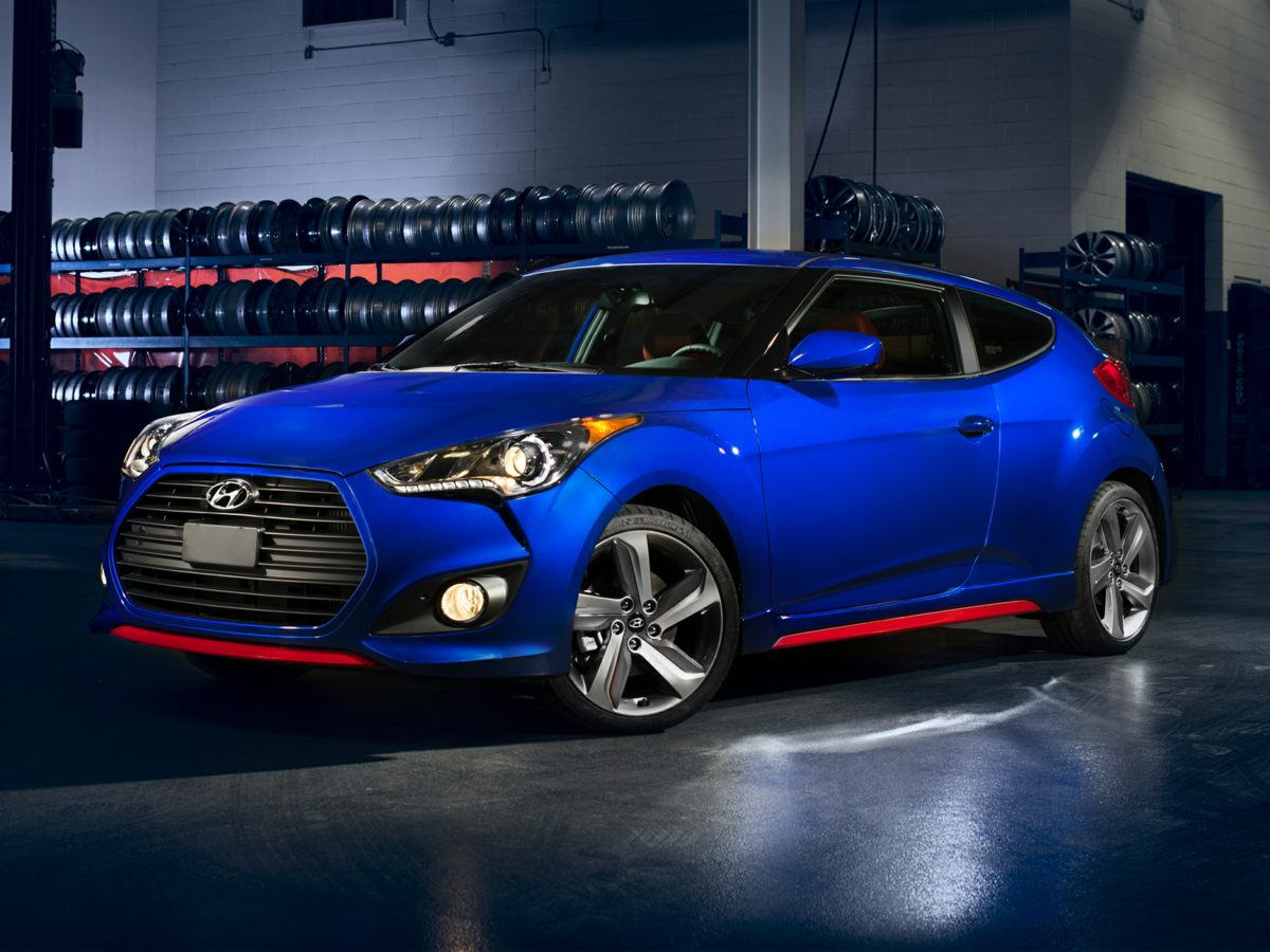 Pre-Owned 2015 Hyundai Veloster FWD 3D Hatchback