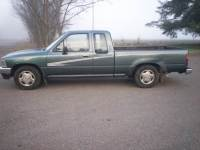 1992 Toyota Pickup 2dr Deluxe Extended Cab SB