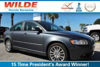 Pre-Owned 2009 Volvo S40 4dr Sdn 2.4L FWD w/Sunroof 4dr Car