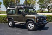 1997 Land Rover Defender 2dr 90 4WD SUV