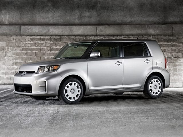 Used 2013 Scion xB Wagon Front-wheel Drive in Chicago
