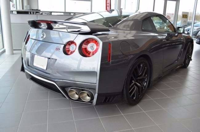 2017 Nissan GT-R AWD Premium 2dr Coupe