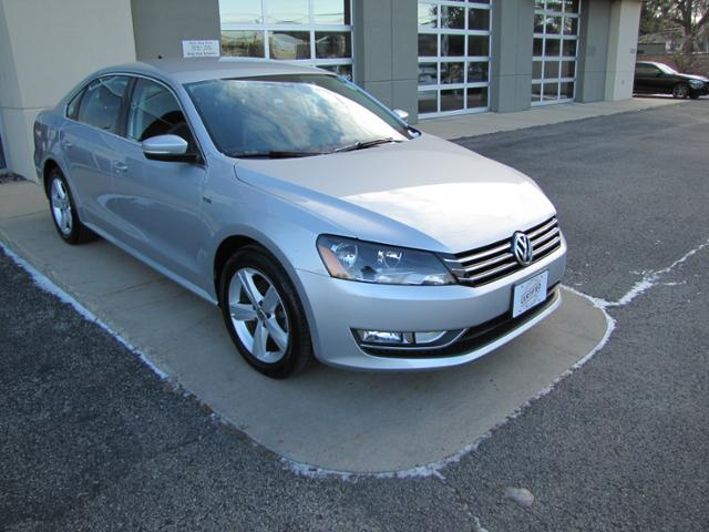 Used 2015 Volkswagen Passat 4dr Sdn 1.8T Auto Limited Edition Car in Madison, WI