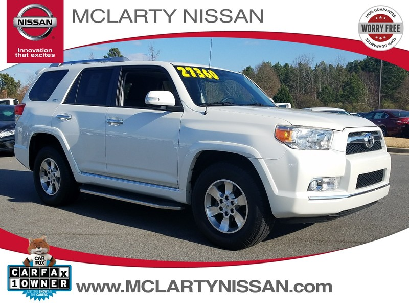 Photo Pre-Owned 2013 TOYOTA 4RUNNER RWD 4DR V6 SR5 Rear Wheel Drive Sport Utility Vehicle