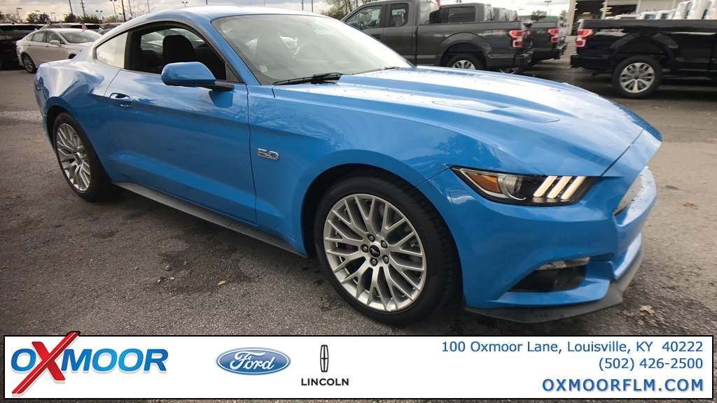 Photo New 2017 Ford Mustang GT RWD 2D Coupe