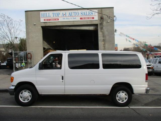 Photo 2005 Ford Econoline Vans  E-350 XLT Passenger Van Loaded