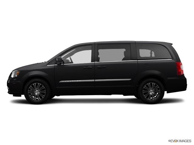 2014 Chrysler Town & Country S Van Front-wheel Drive