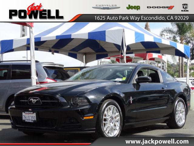 PRE-OWNED 2014 FORD MUSTANG V6 RWD COUPE