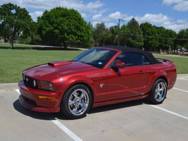 2009 Ford Mustang GT Deluxe 2dr Convertible
