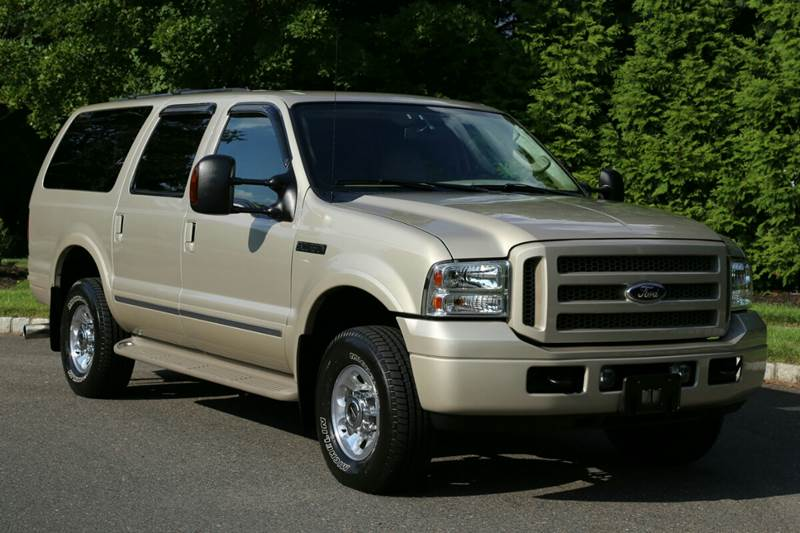 2005 Ford Excursion Limited 4WD 4dr SUV