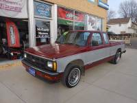 1992 Chevrolet S-10 2dr Tahoe Extended Cab SB