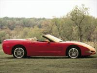 Pre-Owned 2000 Chevrolet Corvette Base RWD 2D Convertible