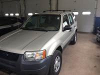 2004 Ford Escape XLS 4dr SUV