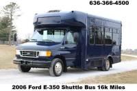 2006 Ford E-350 Shuttle Bus