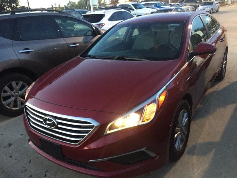 Photo Used 2016 Hyundai Sonata For Sale in San Antonio TX  5NPE24AF2GH401251