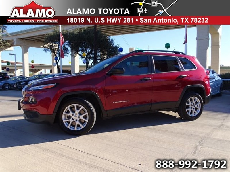 Photo Used 2016 Jeep Cherokee For Sale in San Antonio TX  1C4PJLAB8GW216991