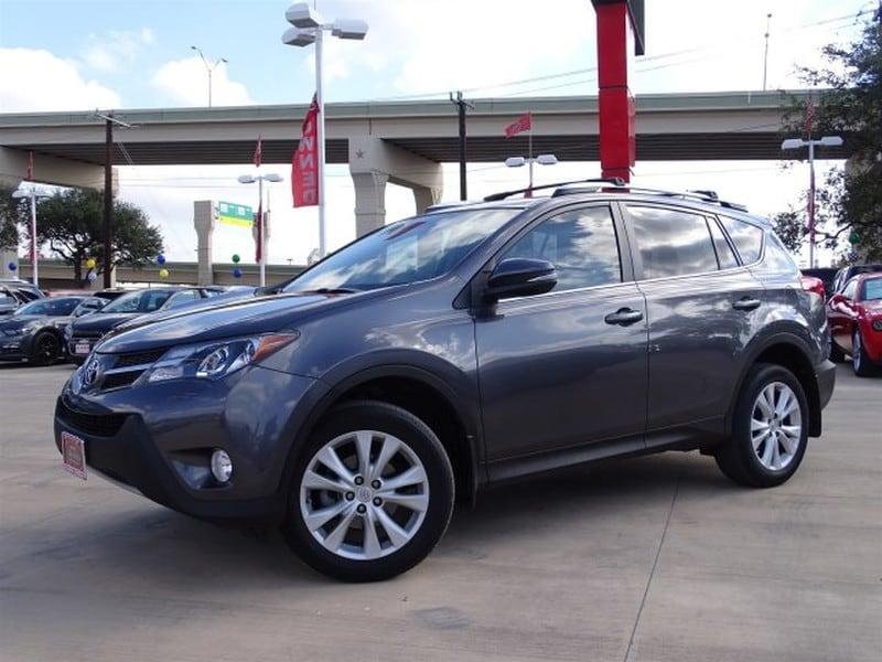 Photo Used 2013 Toyota RAV4 For Sale  San Antonio TX  VIN 2T3YFREV2DW021752