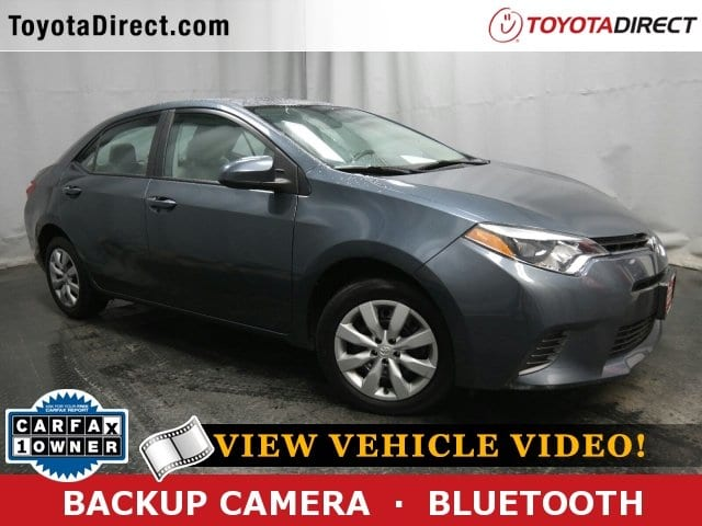 Photo 2016 Toyota Corolla LE Sedan Front-wheel Drive