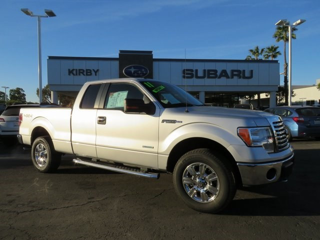 Photo Used 2011 Ford F-150 XLT Truck in Ventura, CA