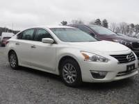 Pre-Owned 2014 Nissan Altima 4dr Car